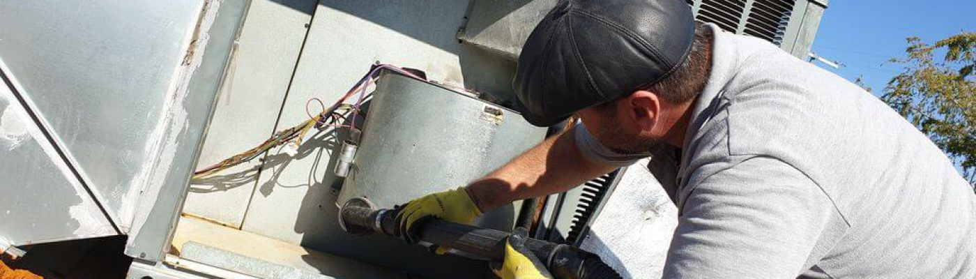 large-AC-Unit-cleaning